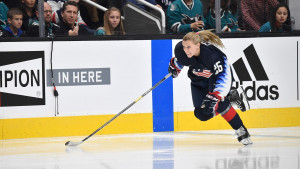 Longtime Student USA Gold Medalist Kendall Coyne Schofield showing perfect posture and stick position!